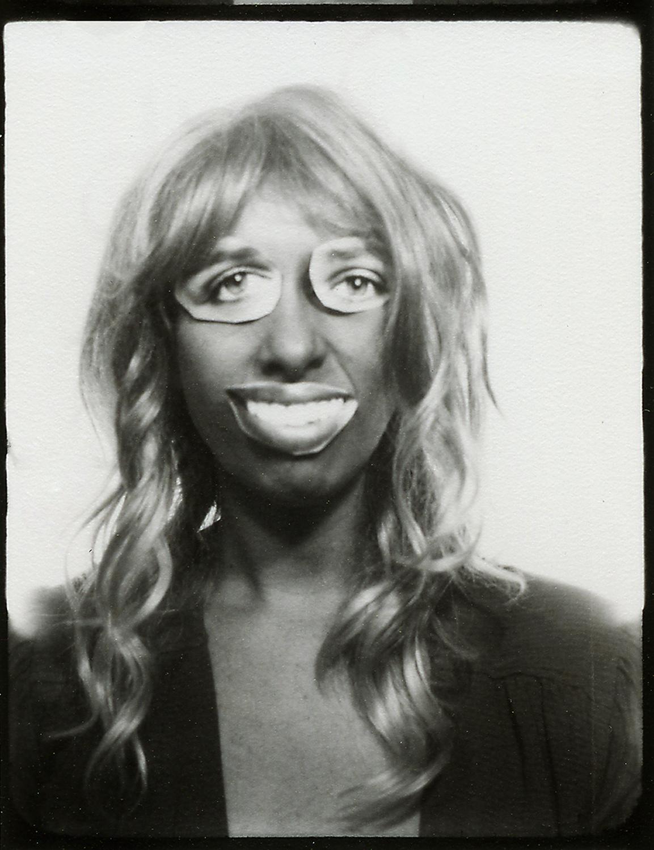 Faces - autoportrait avec collage scarlett johansson- mona awad